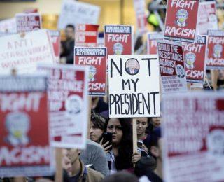 EEUU – TRUMP PRESIDENTE: No llorar sino comprenderlo para combatirlo