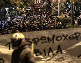 Comunicado de OKDE-SPARTAKOS: En defensa de las ocupaciones para Refugiados