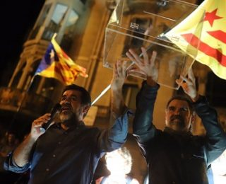 Nº 22 – Libertad inmediata y sin cargos para Jordi Sánchez ANC) y Jordi Cuixart (Omnium). Frente a la represión del estado, movilización y huelga general en Catalunya para imponer el derecho de autodeterminación