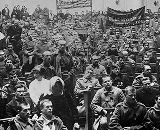 Revolución de 1917: los soviets y el doble poder