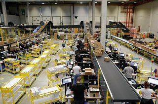Cuando Jeff Bezos sonríe, l@s trabajador@s de Amazon se retuercen de dolor