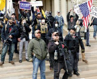 """¿Cómo podemos derrotar a las """"milicias fascistas""""?"""