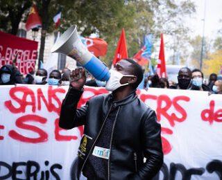 Gobierno Macron y extrema derecha: una oposición solamente de fachada