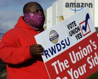 Lecciones del voto sindical de Amazon: un paso adelante, dos pasos atrás