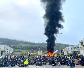La huelga indefinida de l@s trabajador@s de Tubacex supera los 50 días